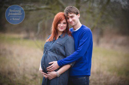 Těhotenské focení v přírodě - Rodinný fotoateliér v Kolíně